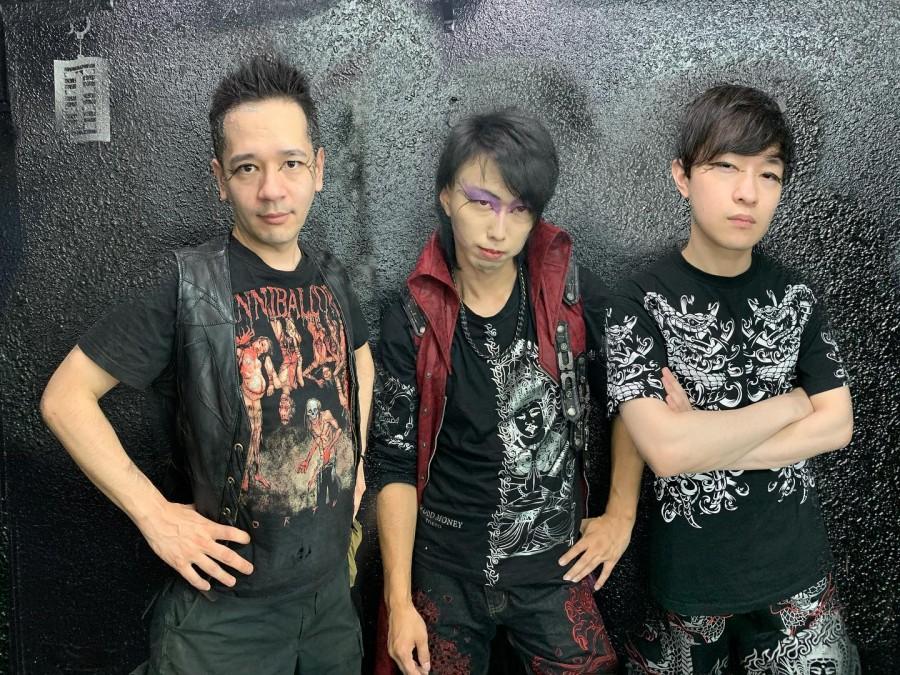 Live-концерт японских блэкеров Deathroll